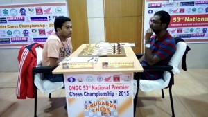 GM SP Sethuraman recorded a crucial win over GM Deep Sengupta, third highest rated player of the tournament